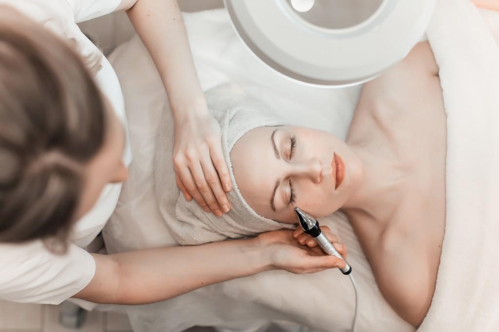 Cryotherapy Facial