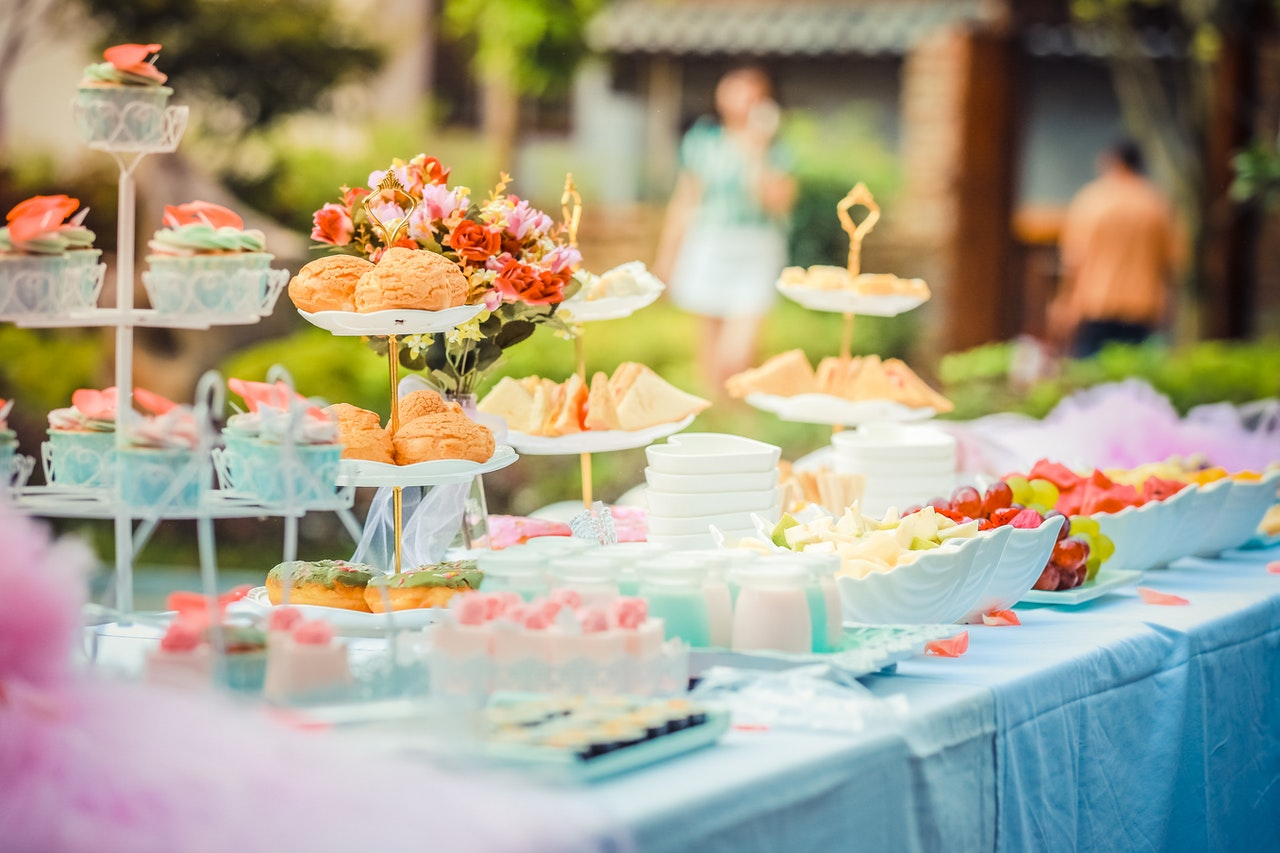 baby shower pastry table